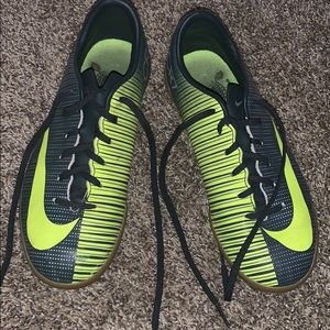 Nike CR7 indoor soccer shoes